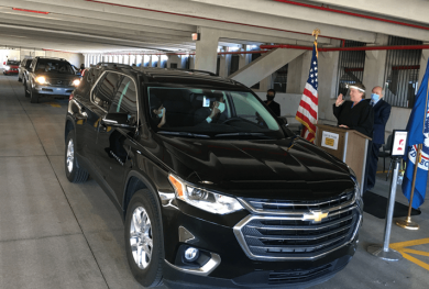 Image of a drive-through naturalization ceremony