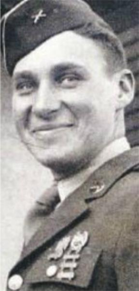 Leonard D. Wexler served as a private in the U.S. Army from 1943-1945.