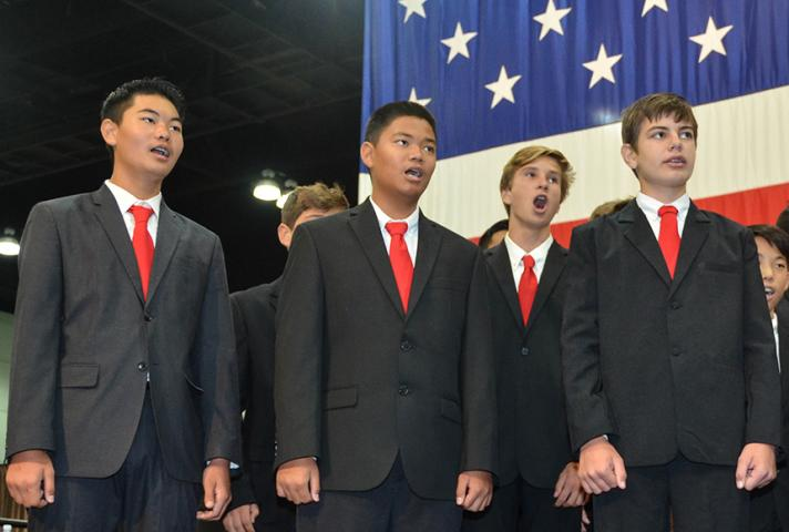 Students Assist at Naturalization Ceremonies on Constitution Day