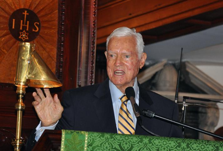 Former Sen. Fritz Hollings