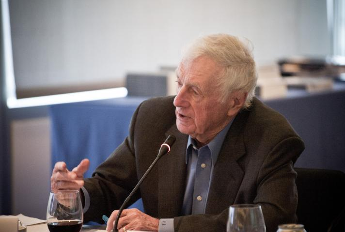 John Seigenthaler | Photo courtesy of Maria Byrk, Newseum Photographer