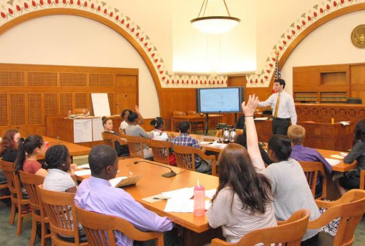 Nelson Fellows participate in a courtroom lecture.